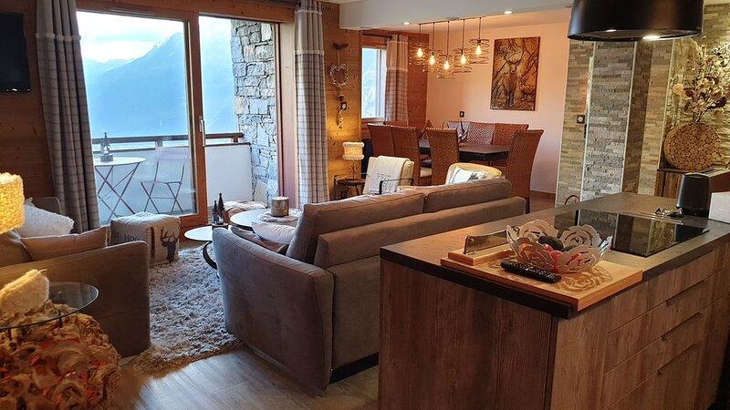BEL APPART 4* HAUT STANDING A LA ROSIERE 5 PIECES 10 PERS AUX PIEDS DES PISTES, vacation rental in Montvalezan