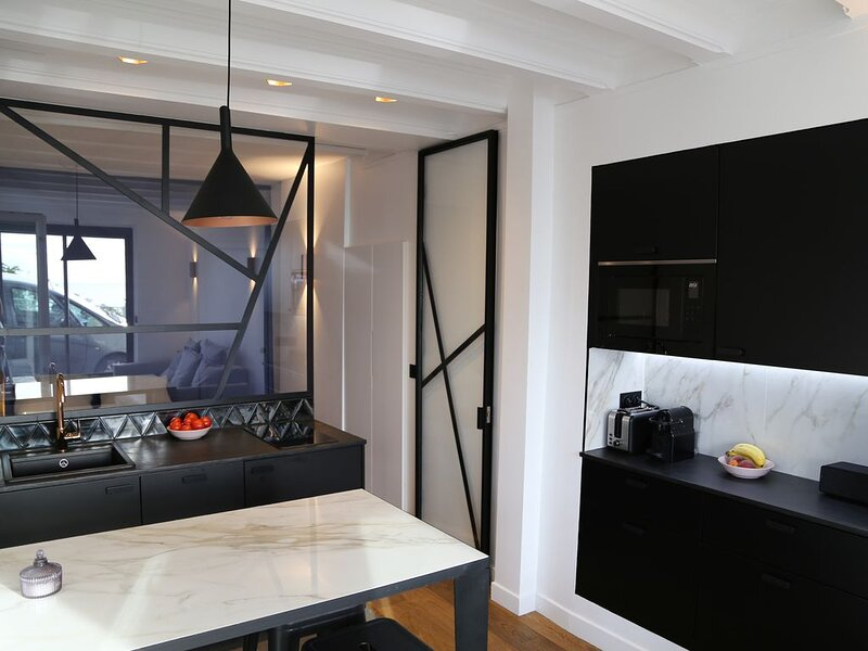 Appartement avec vue sur la mer, holiday rental in Villerville
