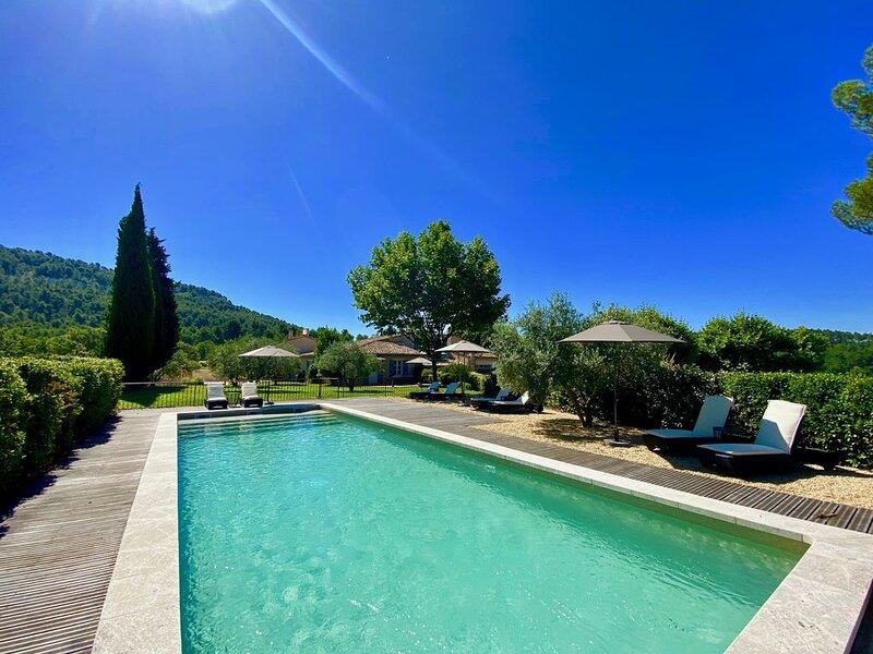 Vos vacances au coeur d'un Domaine viticole en Provence !, aluguéis de temporada em Saint-Saturnin-les-Apt