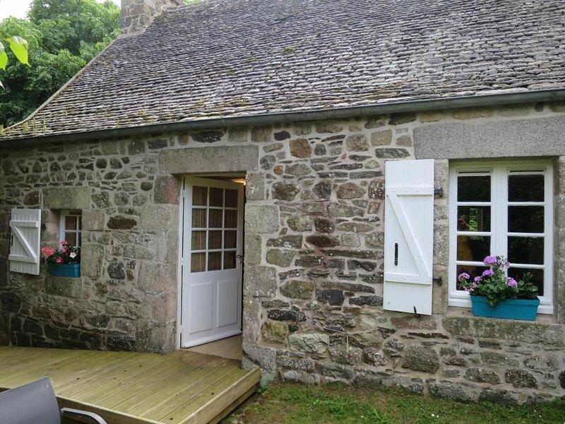 Cottage de charme à Plouezoc'h, holiday rental in Plouezoc'h
