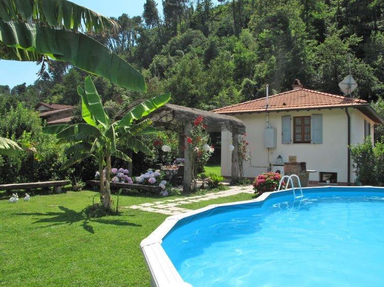 Ferienhaus Moscatello (CMA155) in Camaiore - 6 Personen, 2 Schlafzimmer, vacation rental in Nocchi