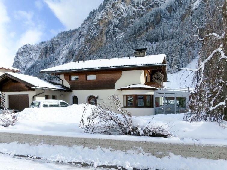 Ferienhaus Carmen (MHO482) in Mayrhofen - 11 Personen, 5 Schlafzimmer, vacation rental in Juns