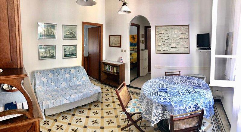 Dimora tipica in centro, 100 metri dal mare, sconto per 7 notti, holiday rental in Monterosso al Mare