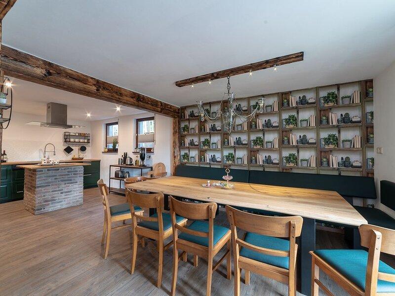 Ferienhaus 'Sommerhaus' mit Sauna, beheizter Veranda, Pelletofen und Garten, location de vacances à Monschau