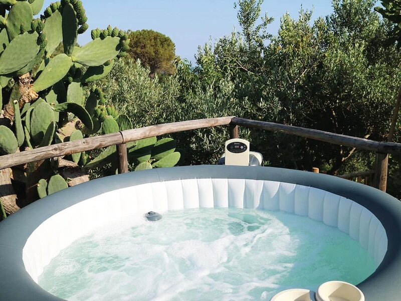 Grandfather Sabato's Cottage Relax and SPA, alquiler de vacaciones en Pioppi