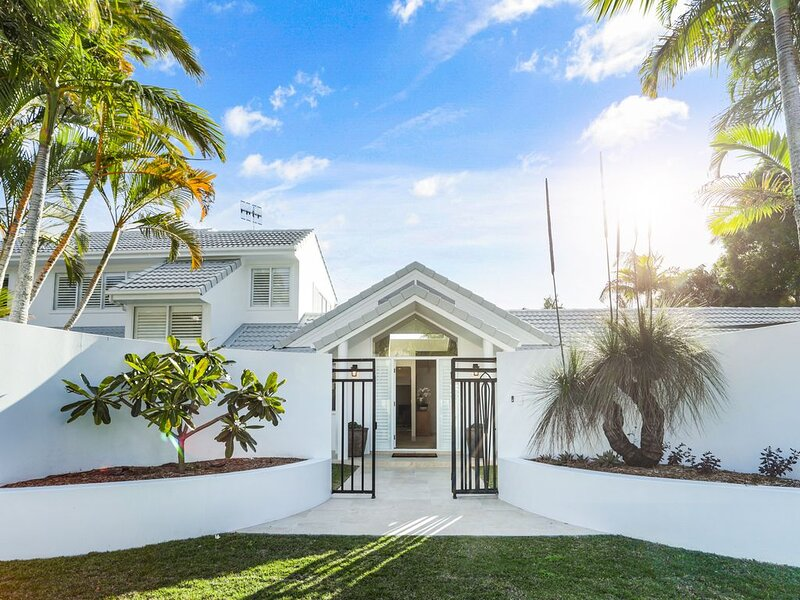 Island living in the heart of Noosa, vacation rental in Noosa North Shore