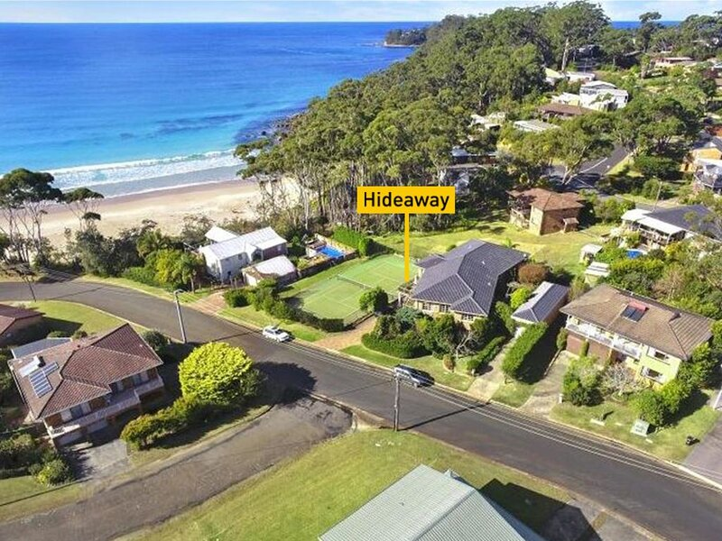 Hideaway at the beach - 80 m walk to the beach, holiday rental in Narrawallee