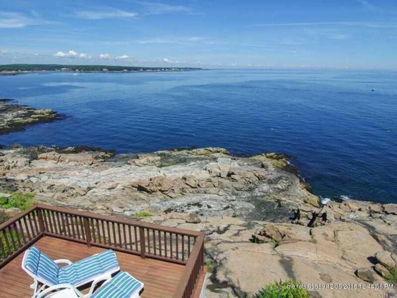 Nubble Cottage- York Beach Ocean Front & Amazing Views, holiday rental in Cape Neddick
