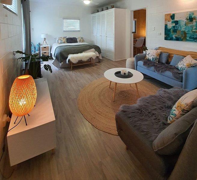 Farm Stay book  a Private Cabin - Relax Breathe Walk, aluguéis de temporada em Eudlo
