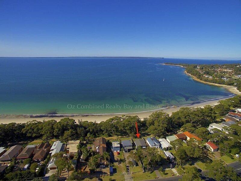 Sabia Beach House Vincentia - FREE LINEN, casa vacanza a Worrowing Heights