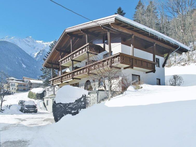 Ferienwohnung Christoph (FBZ110) in Finkenberg - 5 Personen, 2 Schlafzimmer, vacation rental in Juns
