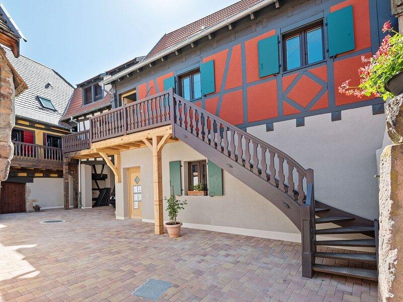 Pleasant Apartment in Dambach-la-Ville near Town Centre, vacation rental in Ebersmunster