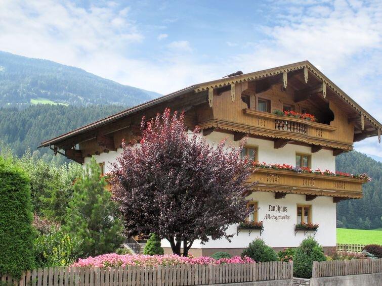 Ferienwohnung Margarethe (ZAZ705) in Zell am Ziller - 8 Personen, 3 Schlafzimmer, location de vacances à Aschau im Zillertal