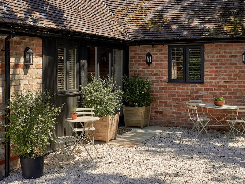 WINTER prices Private location, North Cotswolds,, alquiler vacacional en Long Marston
