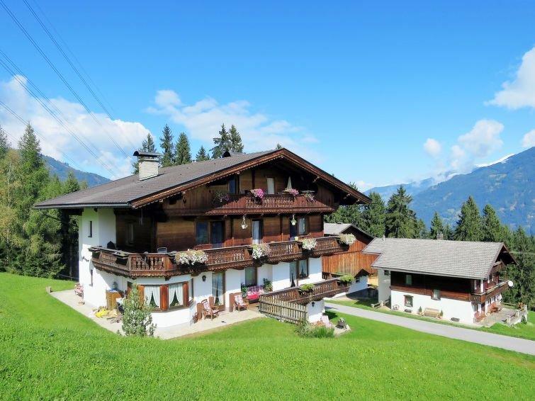 Ferienwohnung Luxner (KAB130) in Kaltenbach - 5 Personen, 2 Schlafzimmer, holiday rental in Kaltenbach