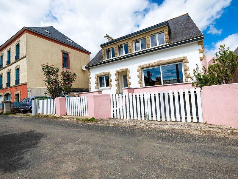 Villa is approx. 100 metres from the Atlantic, location de vacances à Le Pouldu