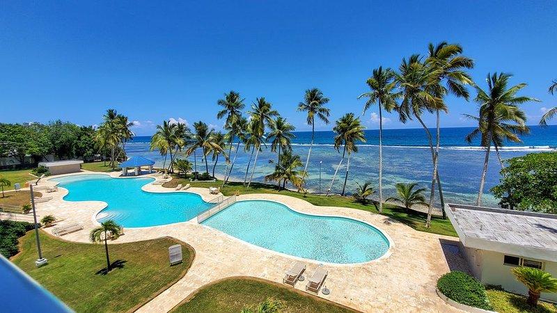 APARTAMENTO MODERNO CON PLAYA Y PISCINA, holiday rental in Guayacanes