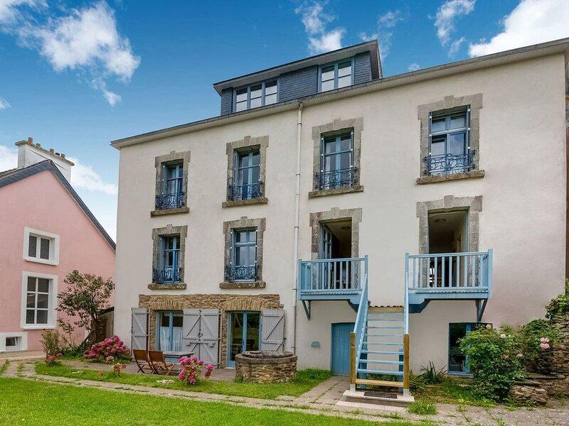 Apartment is approx. 100 metres from the Atlantic, location de vacances à Le Pouldu