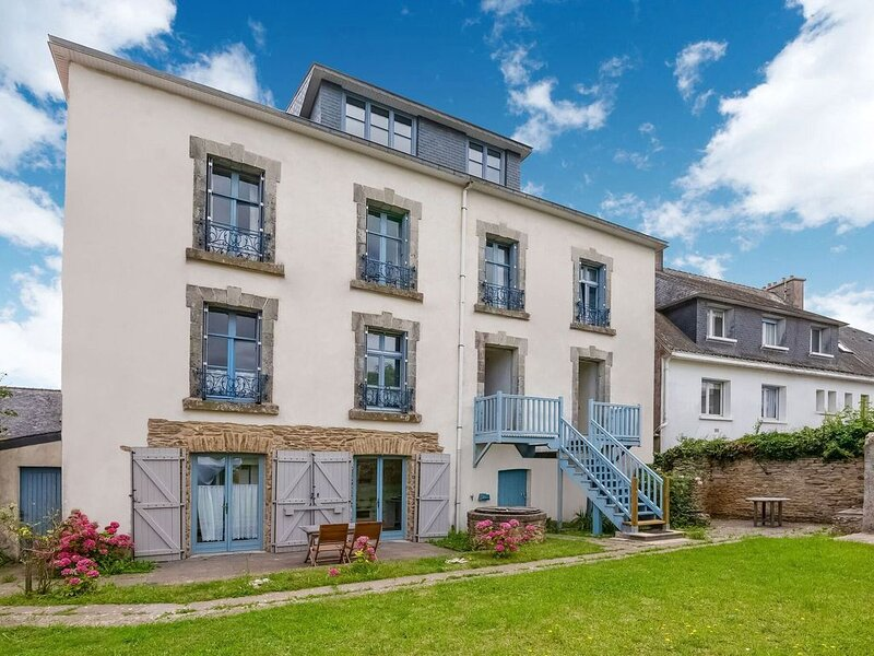 Apartment about 100 metres from the Atlantic Ocean to the south of Brittany., location de vacances à Le Pouldu