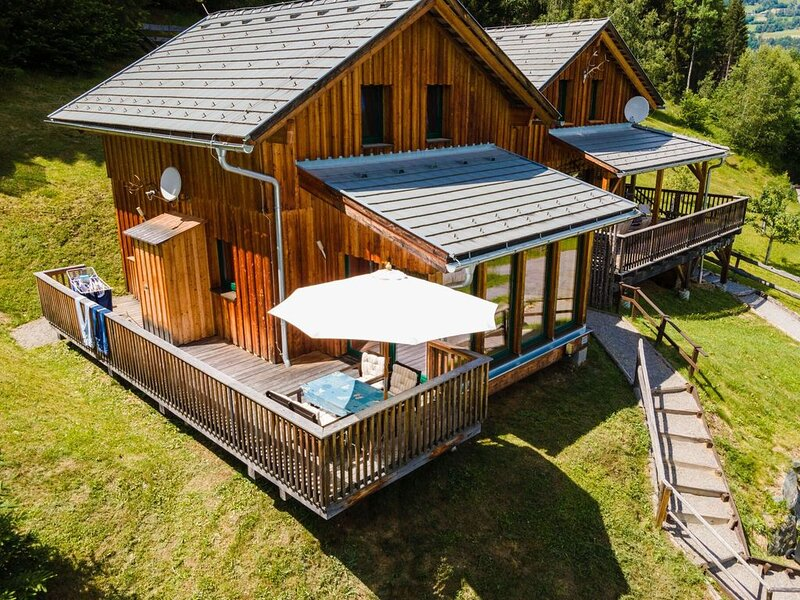 Cosy Chalet in Stadl an der Mur with Conservatory, holiday rental in Stadl-Predlitz