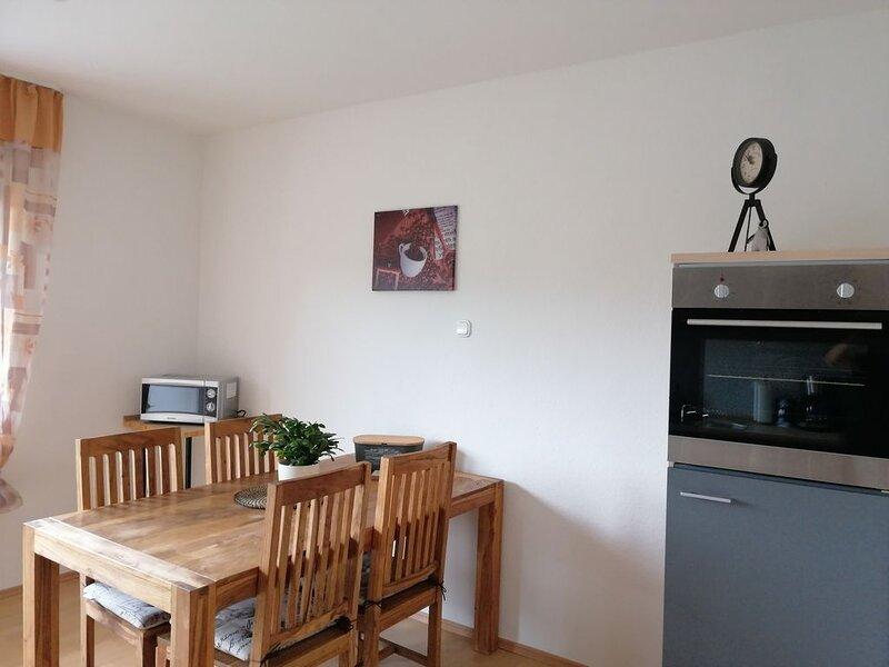 Ferienwohnung Pingo in Ahrbrück, holiday rental in Rech