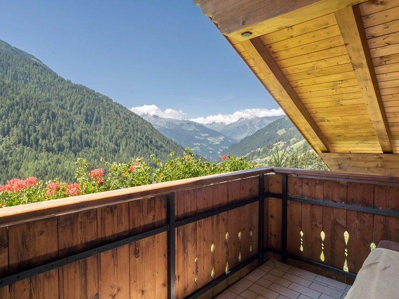 Gemütliche Ferienwohnung 'Haus Hubertus ' mit WLAN, Bergblick, Balkon und wunder, vacation rental in Vipiteno