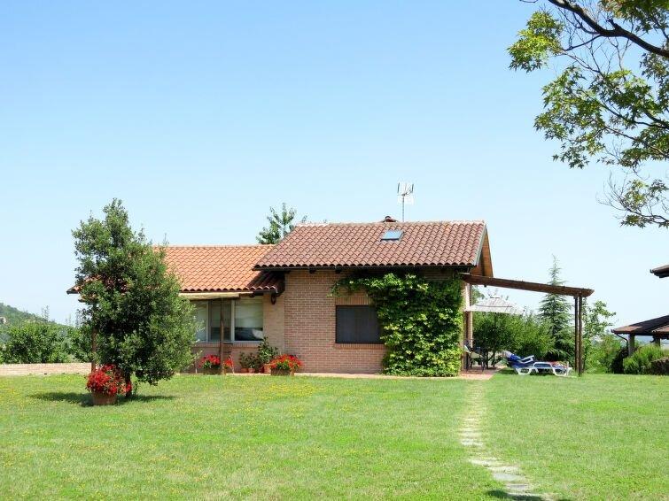 Ferienhaus Le Rose Rosse (GRZ150) in Grazzano Badoglio - 4 Personen, 1 Schlafzim, alquiler vacacional en Montemagno