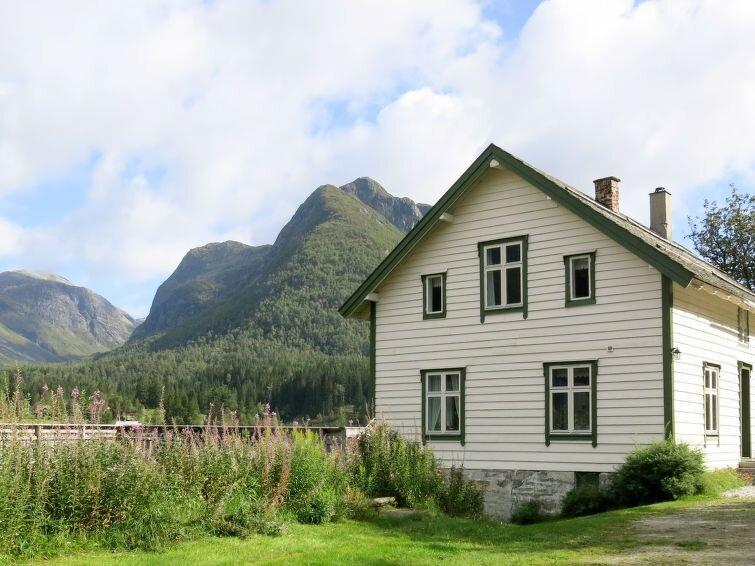 Ferienhaus Elvehuset (FJS075) in Haukedalsvatn - 8 Personen, 5 Schlafzimmer, holiday rental in Hjelle