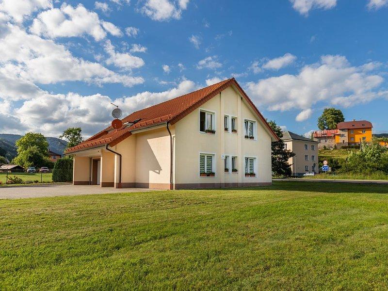 Ferienwohnung im Erzgebirge/Karlsbad  Region UNESCO, holiday rental in Jachymov