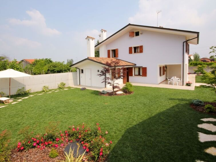 Vacation home Villa Stelis  in Sequals (PN), Friuli - 7 persons, 3 bedrooms, vacation rental in Maniago