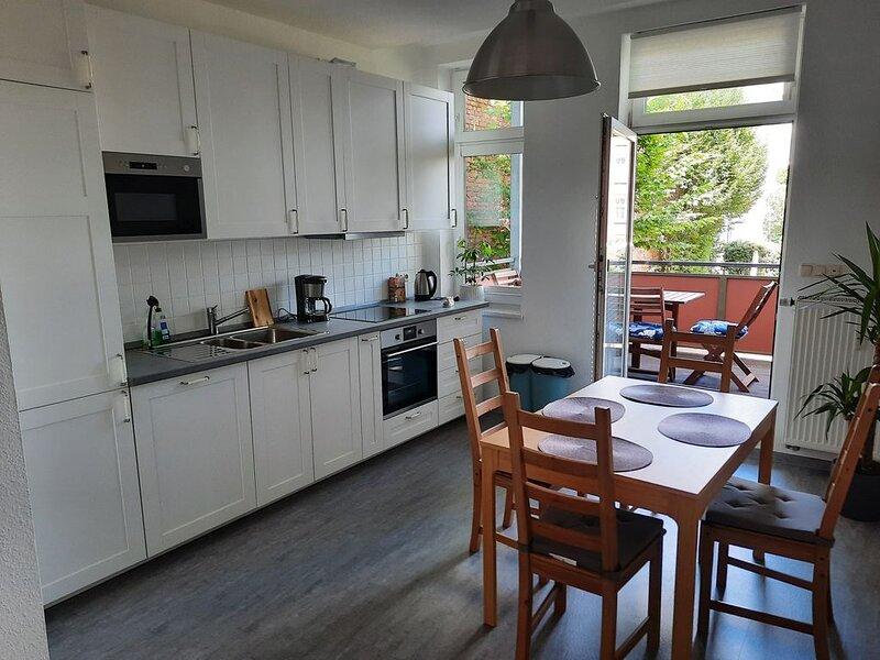 Neu - Schöne gemütliche Ferienwohnung im Fachwerkhaus - Zentrumsnähe, holiday rental in Hoerselberg-Hainich