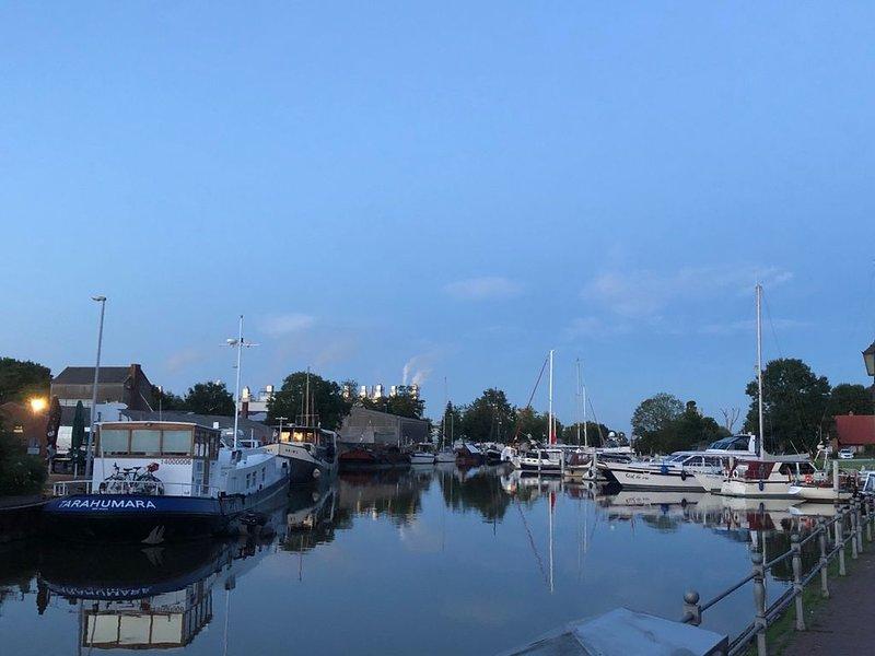 Wohnen am historischen Hafen, holiday rental in Westoverledingen
