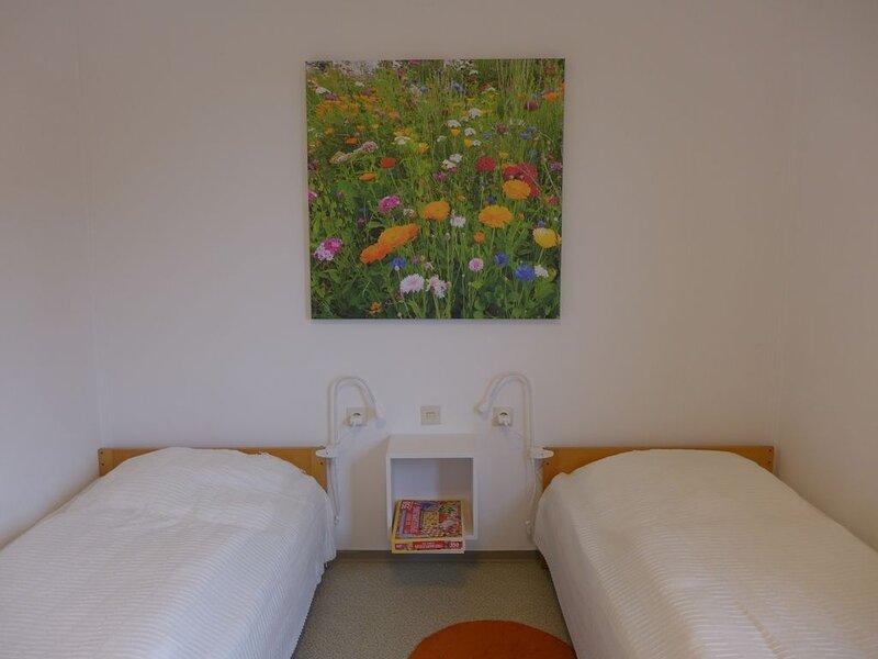 Ferienwohnung am Waldrand Lossburg, holiday rental in Moetzingen
