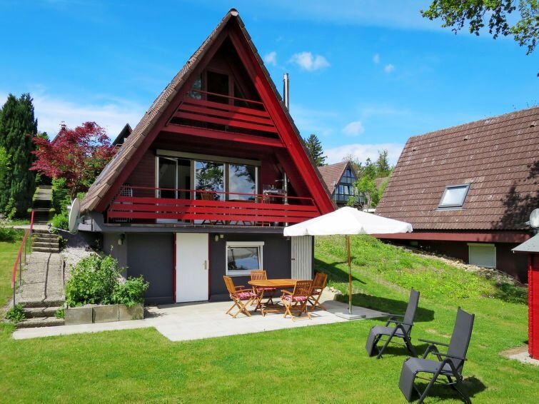 Vacation home in Wilhelmsdorf, Lake Constance / Bodensee - 4 persons, 2 bedrooms, Ferienwohnung in Heiligenberg