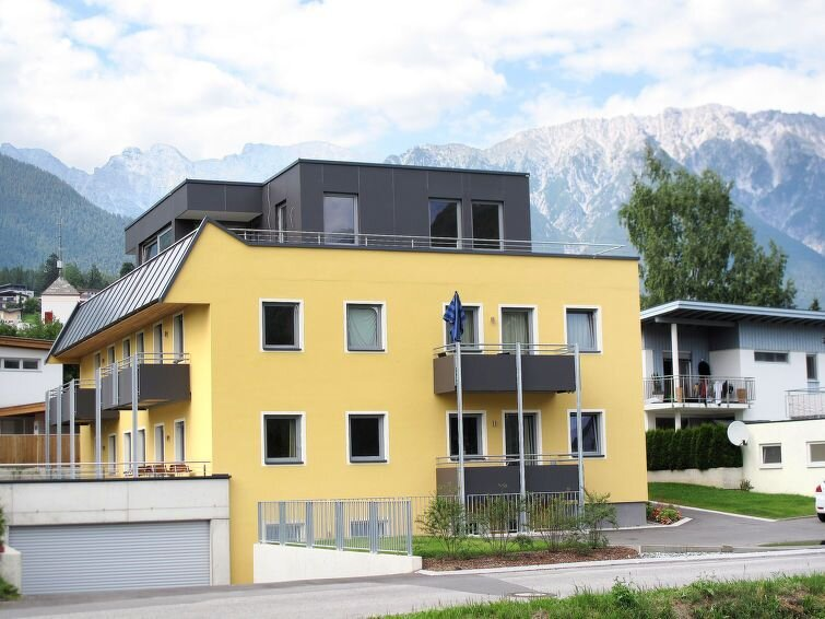 Apartment Haus Edith  in Imst, Pitztal - 6 persons, 2 bedrooms, holiday rental in Arzl im Pitztal