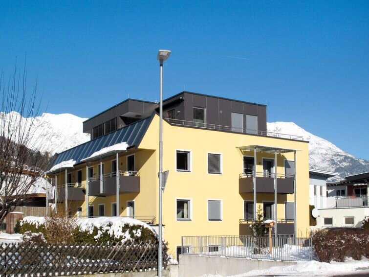 Apartment Haus Edith  in Imst, Pitztal - 6 persons, 2 bedrooms, vacation rental in Tarrenz