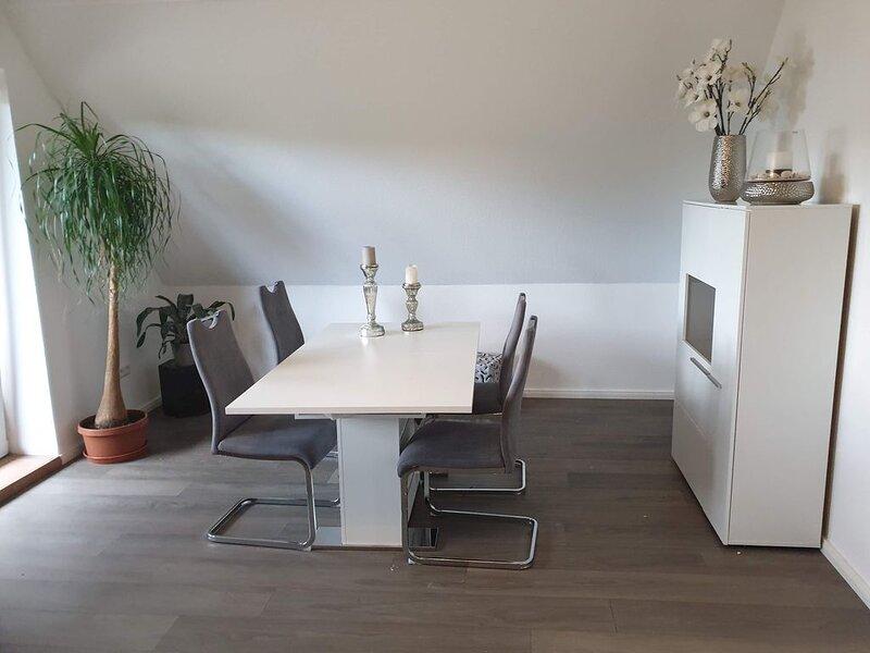 ... bietet Ihnen einen besonders großen Wohn- und Essbereich, holiday rental in Klingberg