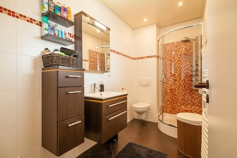 Stylish 2 Room Maisonette - fully equipped!, holiday rental in Wunstorf