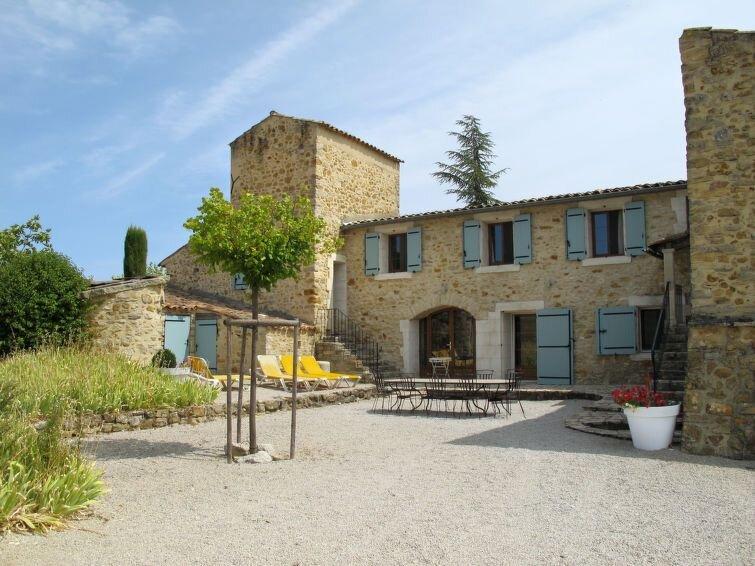 Vacation home Mas La Princesse  in St. Maime, Pays Forcalquier - 12 persons, 5, location de vacances à Niozelles