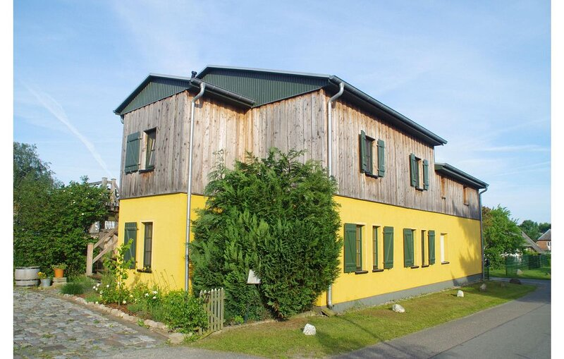 1 Zimmer Unterkunft in Am Salzhaff, holiday rental in Nantrow