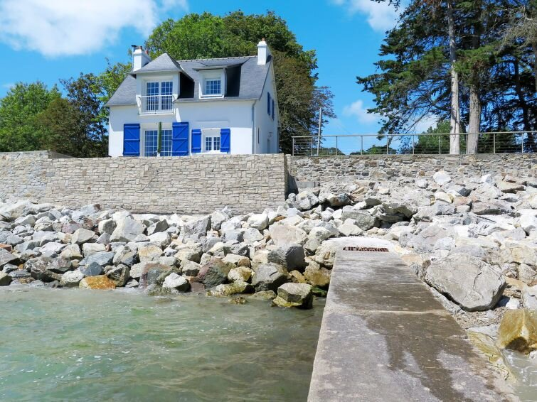 Vacation home in Crozon - Morgat, Finistère - 4 persons, 2 bedrooms, vacation rental in Crozon