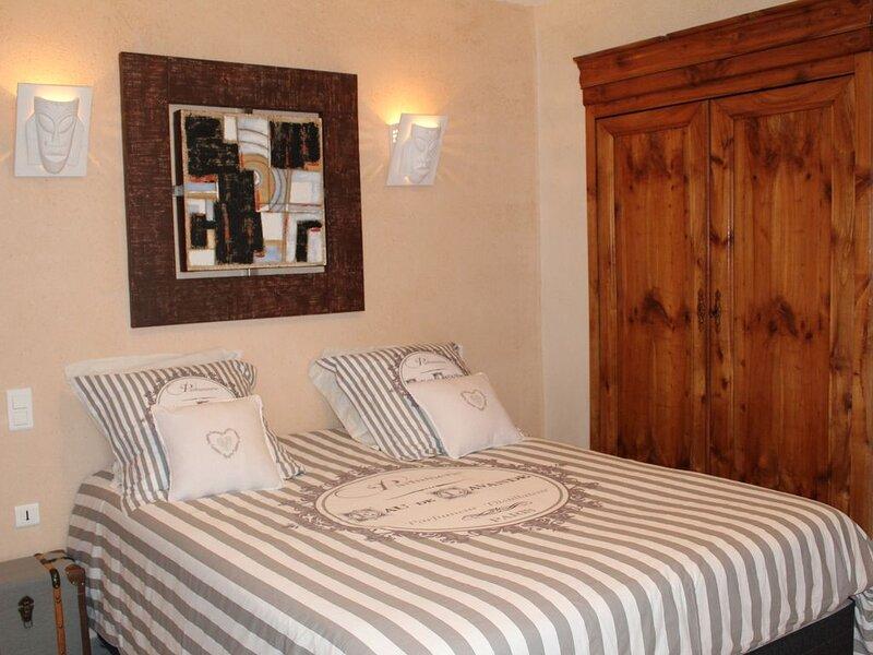 Chambre d hôtes chez l habitant, holiday rental in Pledeliac