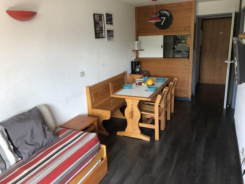 Alpe d'Huez - appartement 6 personnes près des pistes (quartier Les Bergers), vacation rental in L'Alpe-d'Huez