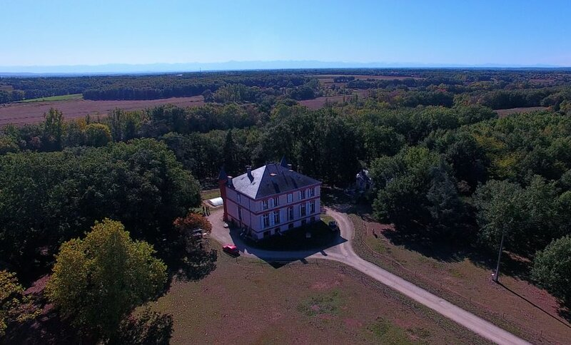 Chambres au Château., holiday rental in Cazaux-Saves