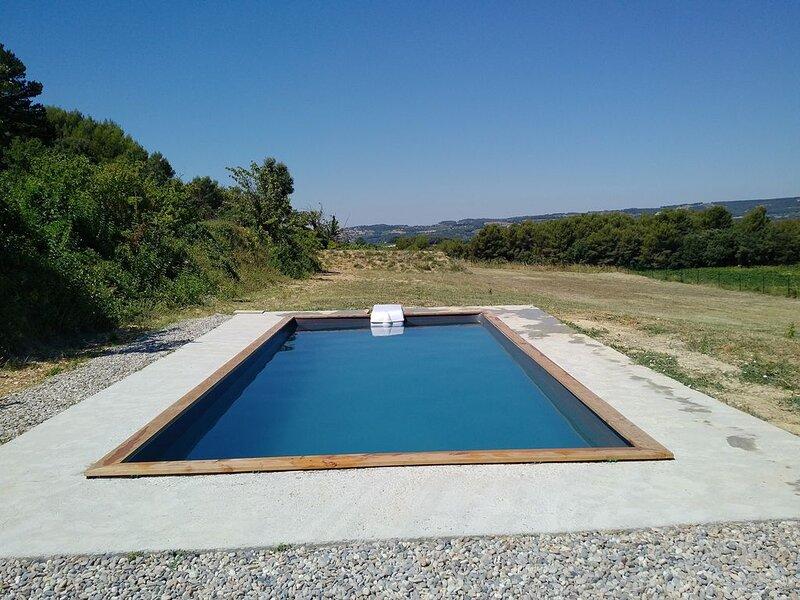 Maison avec piscine privée à Vaison la romaine, casa vacanza a Vaison-la-Romaine