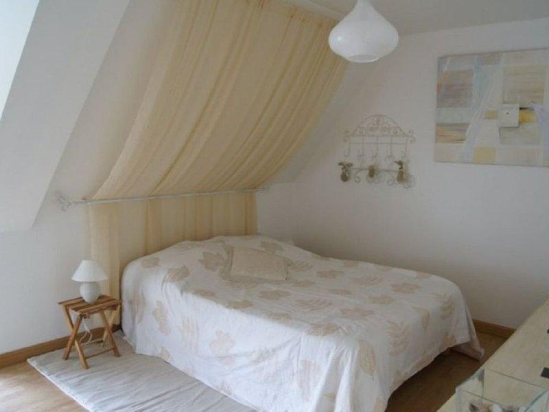 Gîte de 3 chambres avec jardin privé en Baie de Mont Saint Michel, location de vacances à Dol-de-Bretagne