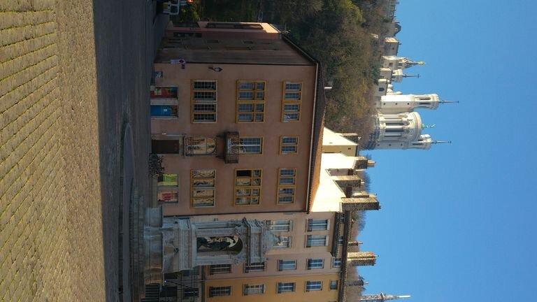 Appartement lumineux au coeur du Vieux Lyon pour 6 personnes, vacation rental in Ecully