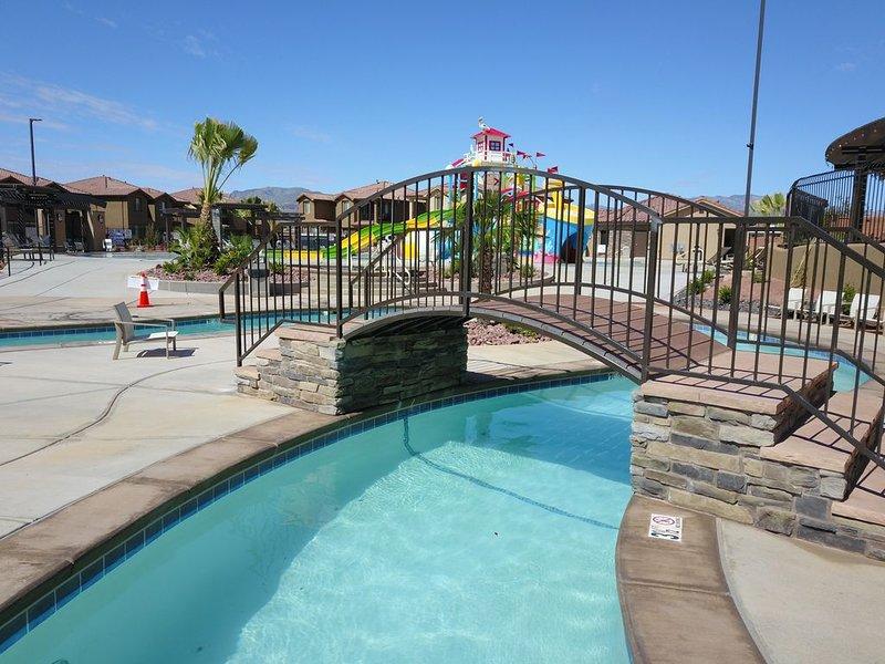 Water Park View * Hot Tub * Ping Pong * Bikes * BBQ, casa vacanza a Santa Clara