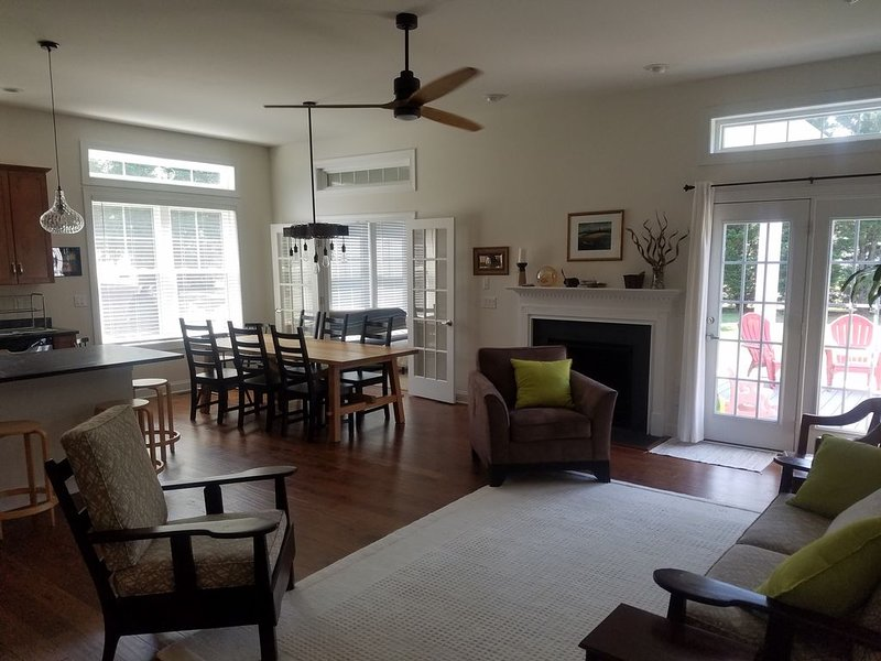 Brand New Home- Great Space, Great Location, alquiler de vacaciones en Rehoboth Beach