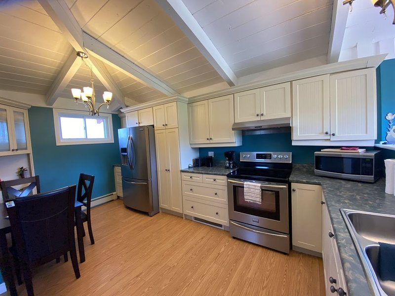 Romantic getaway  or Staycation, vacation rental in Jeddore